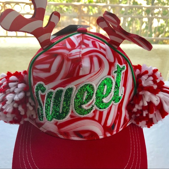 a951329c3 NWT UniSex Christmas Candy Cane Snapback Hat Sweet